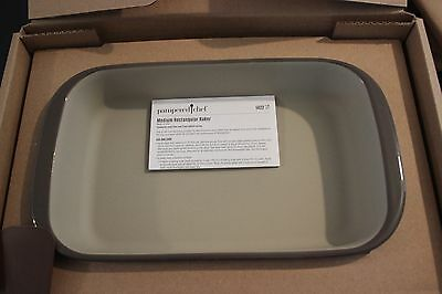 "#1422 Pampered Chef Stoneware Medium rectangular Baker 7"" x 11"" 8 Cup rectangle"