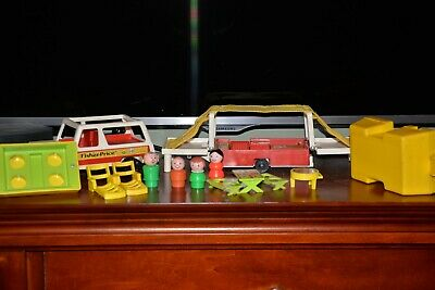 Vtg Fisher Price Little People Play Family Car/Pop-up Camper #992 (C)