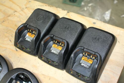 LOT OF 3 Motorola Impres NNTN7079A Radio Battery Charger