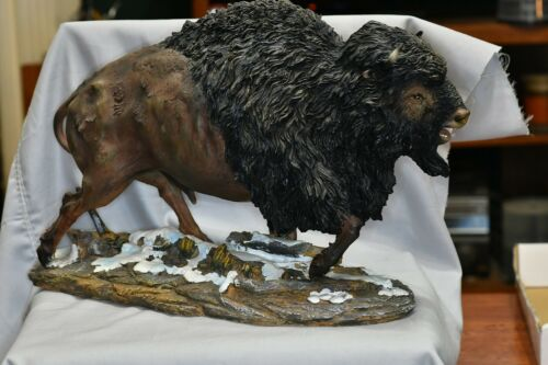 "LARGE AMERICAN BUFFALO RESIN STATUE, WELL  MADE. REALISTIC. 15"" X10"" X6"""