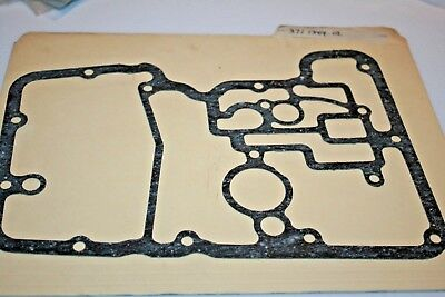 NOS YAMAHA MOTORCYCLE STRAINER COVER GASKET TX500 XS500 371-13414-02