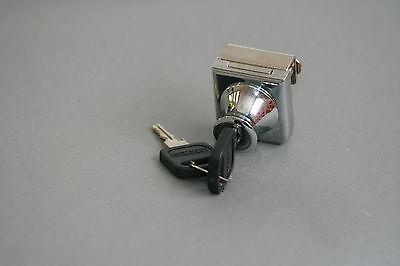 Glass cabinet locks-Ikea Detolf display cabinet C407-5-110--keyed the same