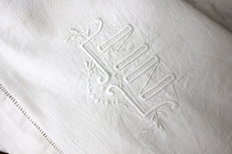 Vintage French Sheet cotton 80X112 MN textile from France French knots