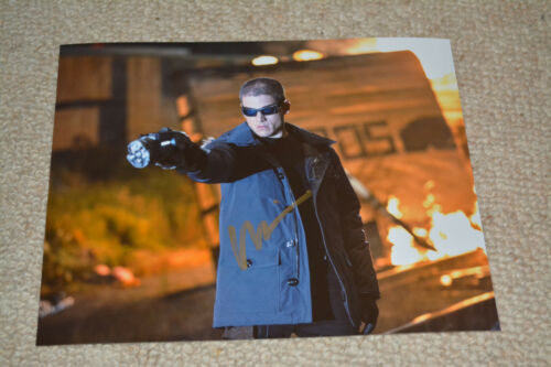 WENTWORTH MILLER signed autograph In Person 8x10 20x25 cm THE FLASH