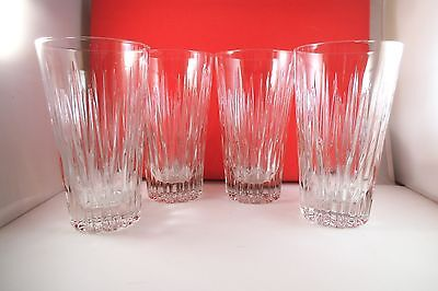 Lovely Set of 4 Clear Glass Drinking Glasses Tumblers