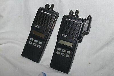 Lot 2 Motorola Mts2000 800mhz Model Iii Portable Two-way Radio H01ucf6pw1bn
