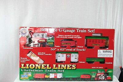 Lionel G Gauge CHRISTMAS TRAIN Set COMPLETE 36 piece - Battery Operated