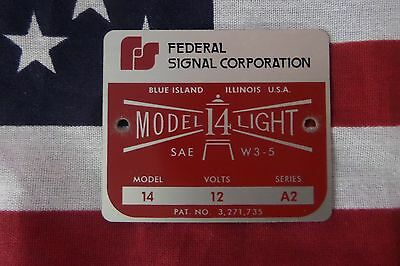 Federal Sign And Signal Corporation Model 14 Beacon Ray Replacement Badge