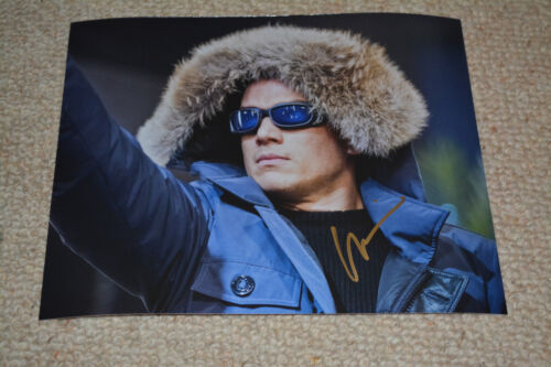 WENTWORTH MILLER  signed Autogramm 20x25 In Person  THE FLASH