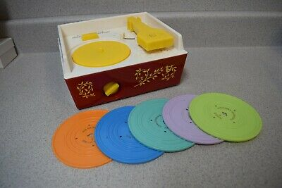 Fisher Price Music Box Record Player 2010 w/ 5 Records 10 Songs Tested Works
