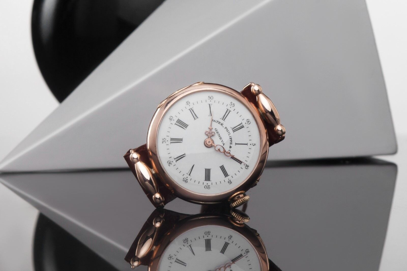 Antique Patek Philippe & Co Solid Gold Wrist Watch 18k Case - watch picture 1