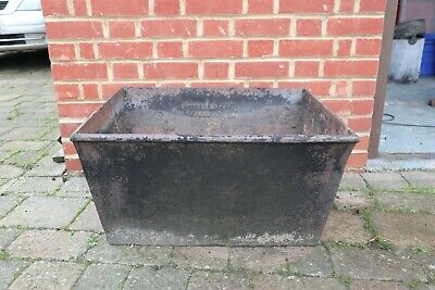 LARGE VINTAGE GARDEN CAST IRON TROUGH PLANTER Barford & Perkins Peterborough