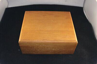 OAK Wood Humidor Hinged Cigar Box w/ Credo Cedar Lined  - Oak Cigar Humidor