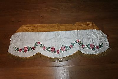 Old lace - Embroidery - Antependium paint flowers on silk (C23)