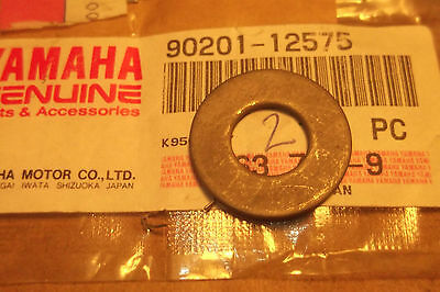 <em>YAMAHA</em> RD250 RD350 RD400 YR5 YDS7 GENUINE GEAR SHIFT SHAFT WASHER   9