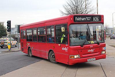 Abeillio 8037 BU05HFX 6x4 Quality London Bus Photo