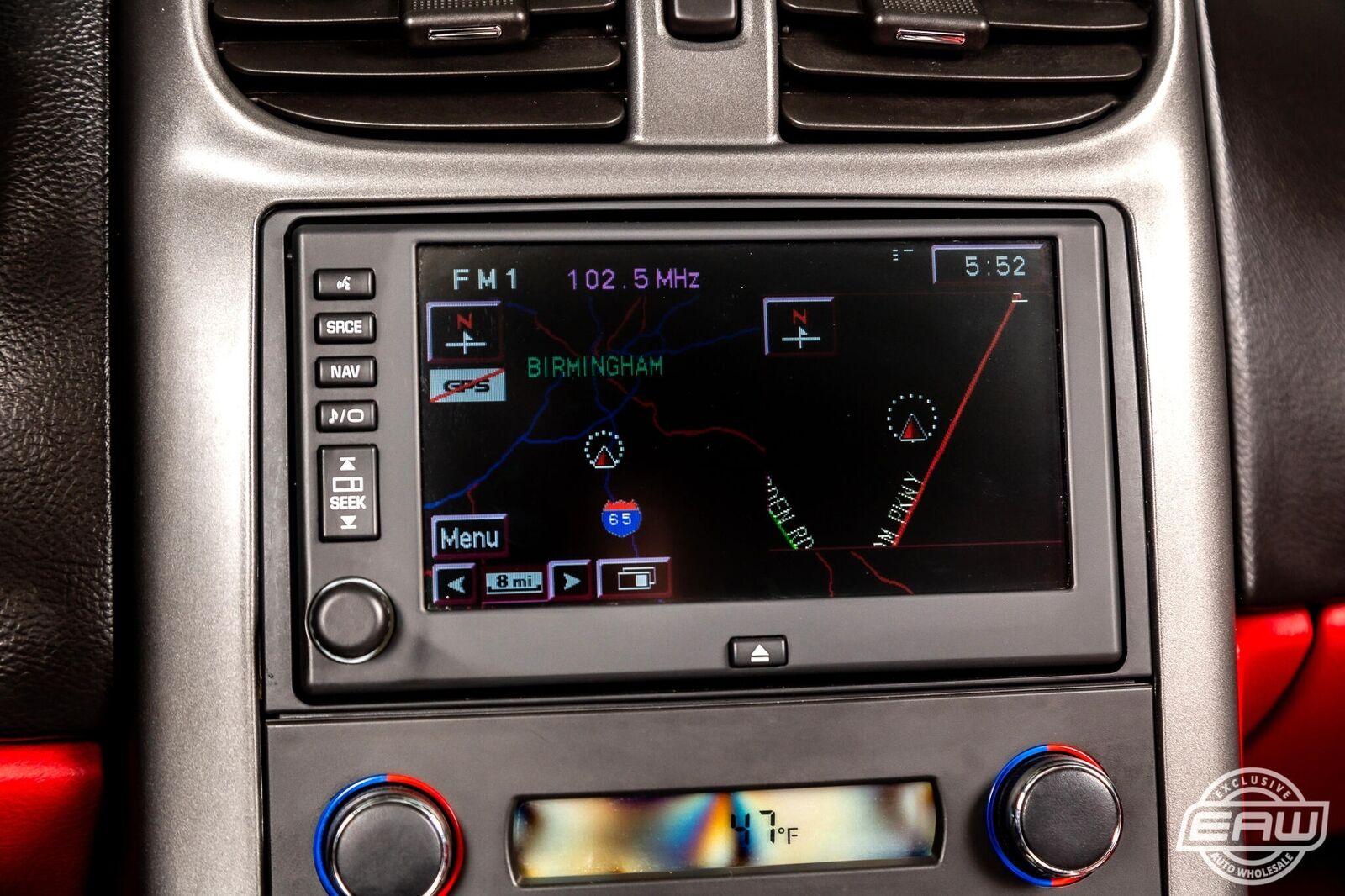 2006 White Chevrolet Corvette Convertible  | C6 Corvette Photo 8