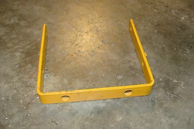 Alamo - Mott Flail Mower Guard Bracket Models Shd 62-74-88-96 Part  105597