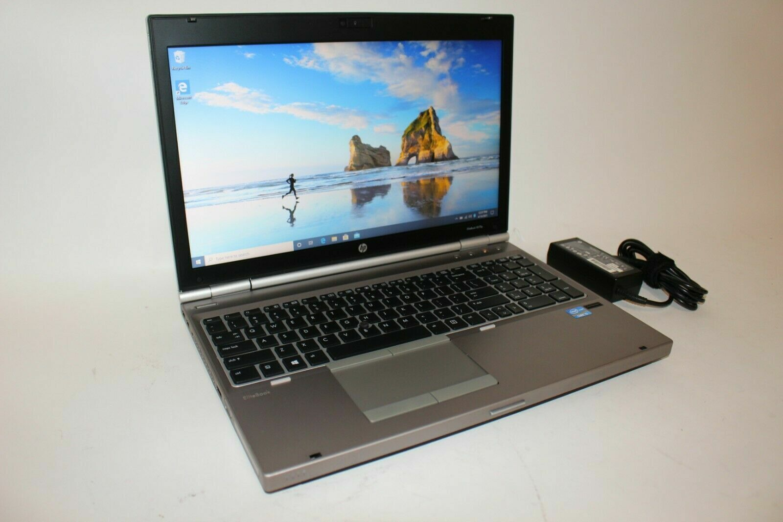"Laptop Windows - HP EliteBook 8570p Core i5 15.6"" Windows 10 Pro Laptop 320GB 4GB - SEE PICS"