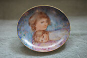 Edna Hibel Mothers Day Plates 1984