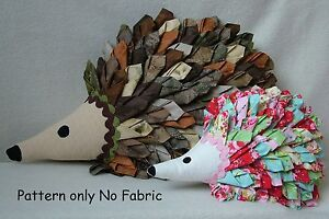 PATCHWORK / QUILTING APPLIQUE HEDGEHOG/HEDGEPIG CUSHION SEWING PATTERN by Gail
