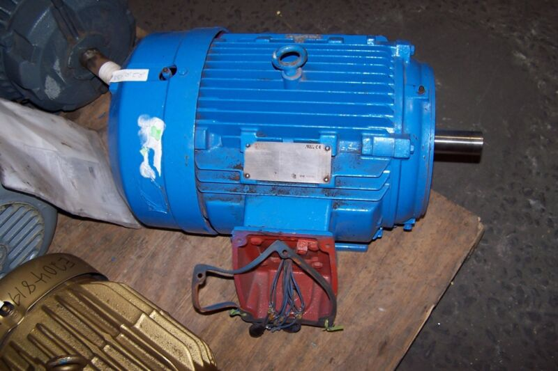 NEW SIEMENS 10 HP ELECTRIC MOTOR 230/460 VAC 1778 RPM 215T FRAME 3 PHASE