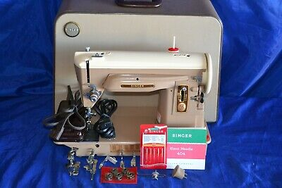 Photo SINGER 404 SLANT NEEDLE SEWING MACHINE SERVICED READY TO SEW CASE QUILTERS