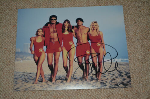 PAMELA ANDERSON sexy signed Autogramm 20x25 cm In Person BAYWATCH