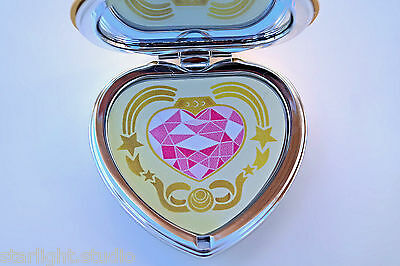 Sailor Moon S Cosmic Heart Compact Mirror Brooch Locket Cosplay Doll Prop