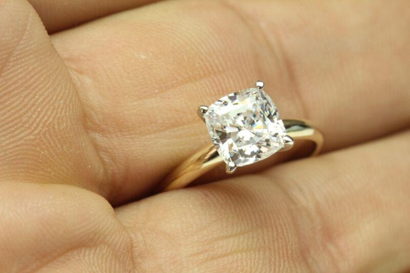 3.00 CT DIAMOND CUSHION CUT ENGAGEMENT RING  14 KARAT SOLID YELLOW GOLD