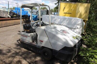American Lincoln 2160 60 Ride-on Floor Sweeper Working
