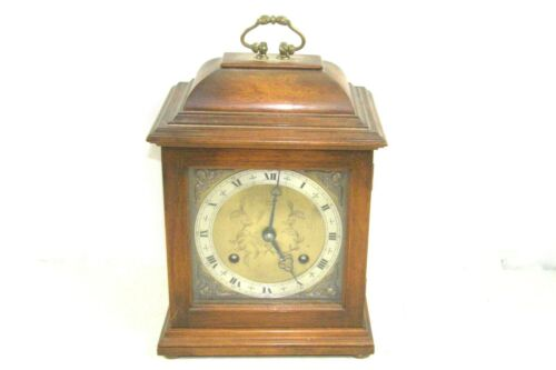 LARGER ELLIOTT OF LONDON STRIKING 8 DAY MANTLE CLOCK