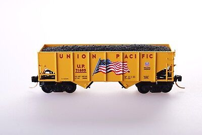 Micro-Trains N Scale Union Pacific 33' Twin Bay Hopper