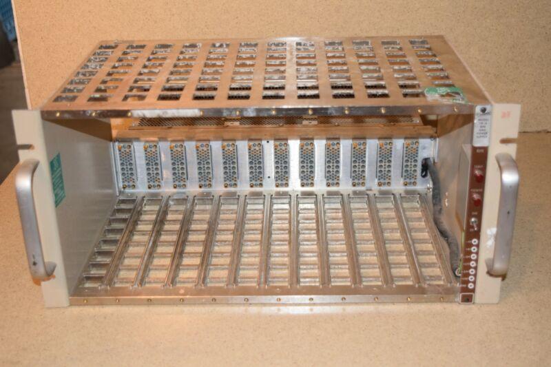 BNC MODEL TB-4 BIN & POWER SUPPLY 12-SLOT CHASSIS