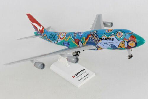 """SKYMARKS (SKR086) QANTAS """"NALANJI"""" 747-300 1:200 SCALE PLASTIC SNAPFIT MODEL"""