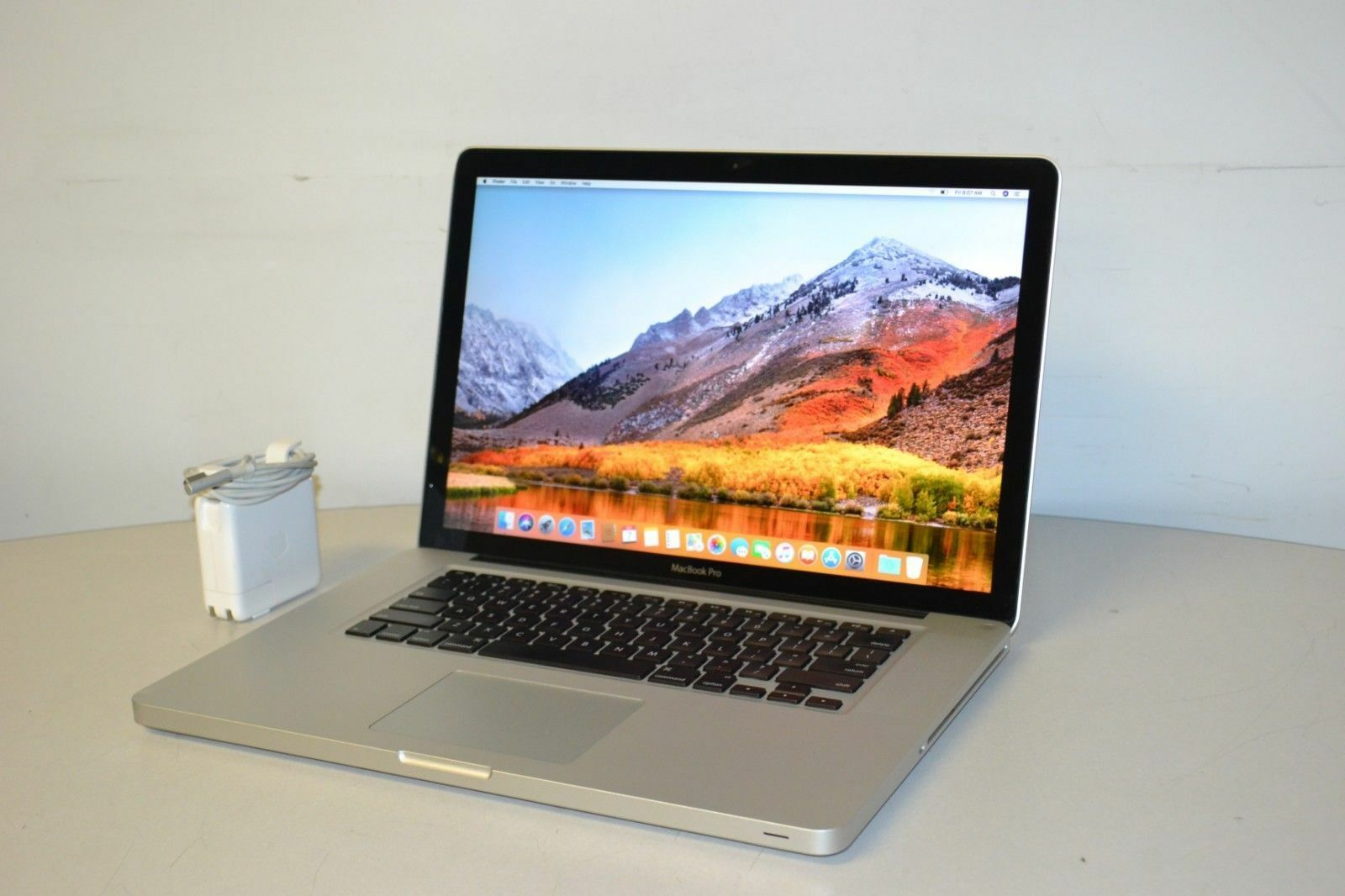 "15"" Apple MacBook Pro i7 320GB HDD OSx-2017 4GB RAM Pre-Retina"