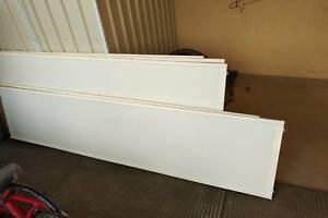 BUILT-IN SLIDING WARDROBE & LINEN PANEL DOORS WITH TRACKS