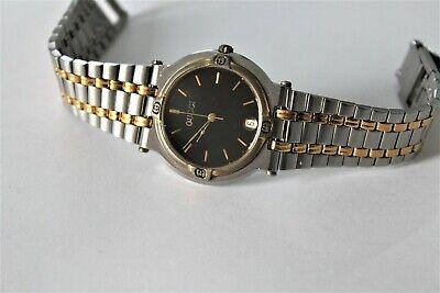 Gucci Swiss Made Vintage 9000M black Luxury Quartz 32 mm Date Watch