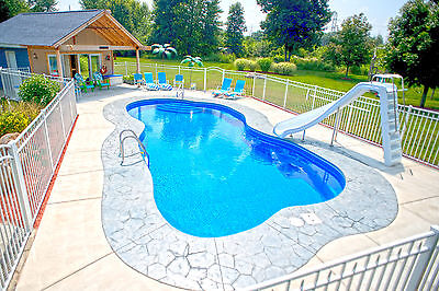 In-Ground Fiberglass Pool - Leading Edge - Traverse Bay Display model