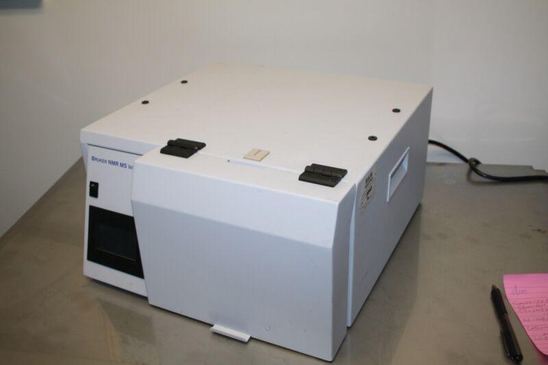 Bruker LC-NMR-MS Interface w/ Cavro 725664f Pump Vici Cheminert C5-1008DY-BRU