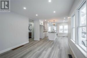 House for Sale in Colborne