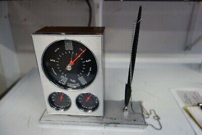 VINTAGE TAYLOR USA ISOTRON MID CENTURY MODERN DESK CLOCK