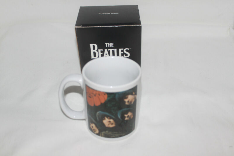 Beatles Coffee Mug (Pictures with Rubber Soul words & The Beatles design on mug)
