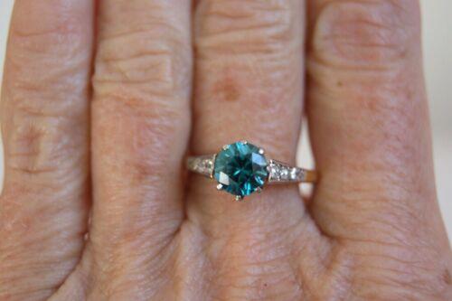 FINE ANTIQUE 18 CT GOLD & PLATINUM NATURAL BLUE ZIRCON & DIAMOND SOLITAIRE RING