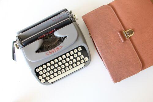 Singer Typewriter Scholastic