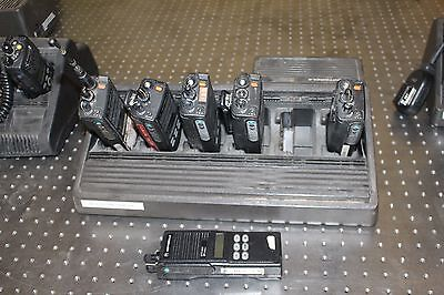Set Of 6 Motorola Mts2000 Flashport Radios With Charger H01ucf6pw1bn