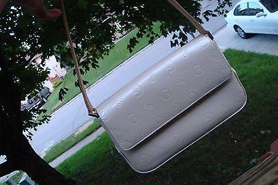 GUESS Purse Hand Bag Cream Beige Tan Shiny
