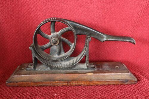 Antique Cast Iron #1 Cork Press-1800