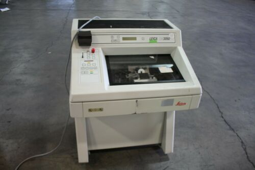 Leica CM3050-3-1-1 Cryostat Standing Laboratory Research Microtome Unit