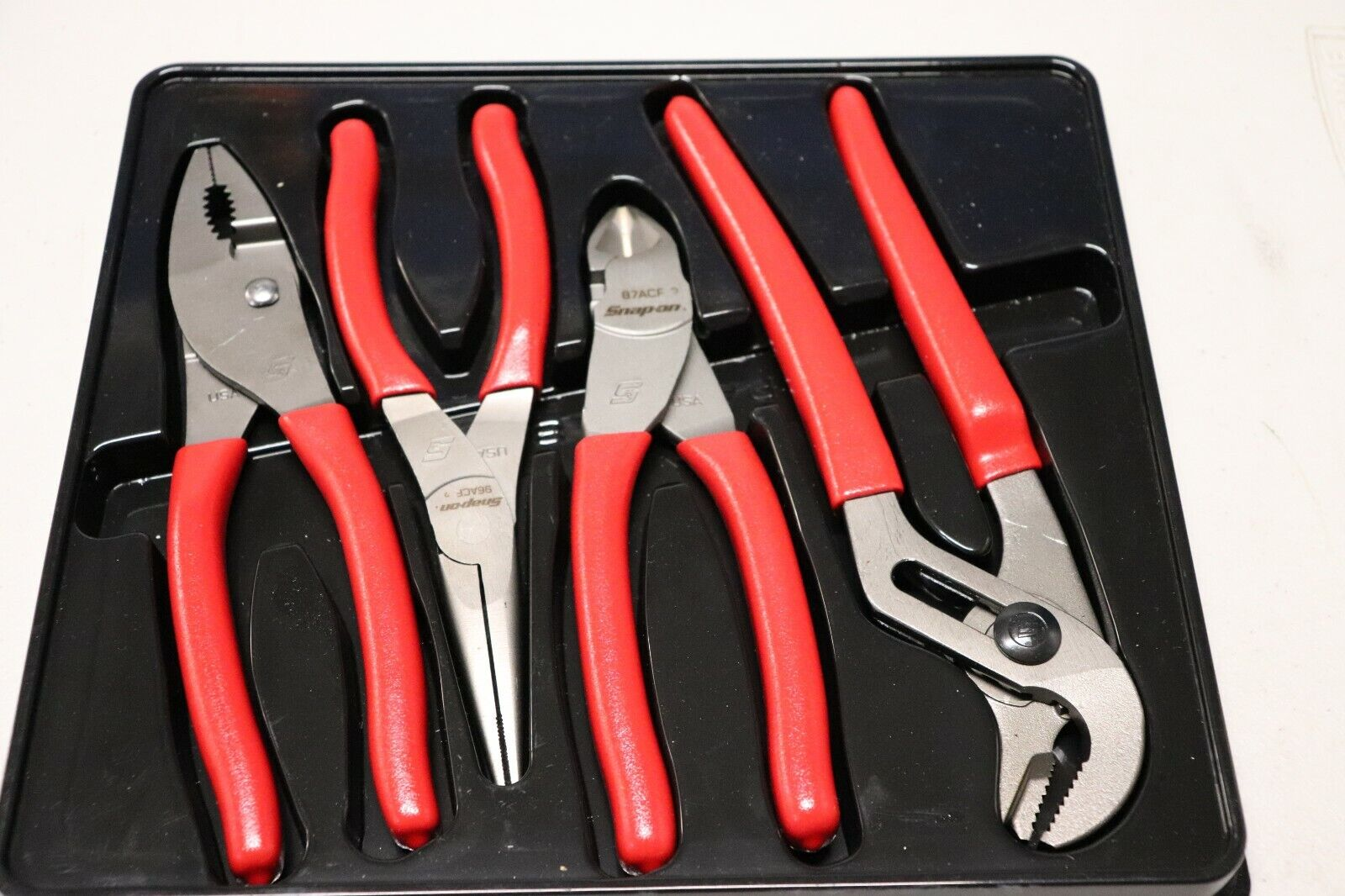 Snap-On 4 pc Pliers/ Cutters Set (Red) - Snapon PL400B